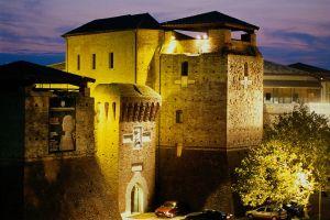 замок римини